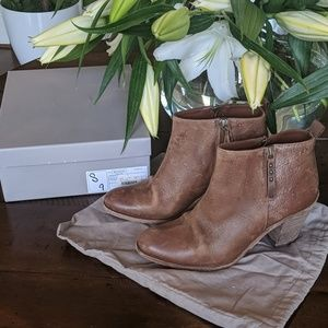 👢😍Hoss Leather Whiskey Bootie SZ 39